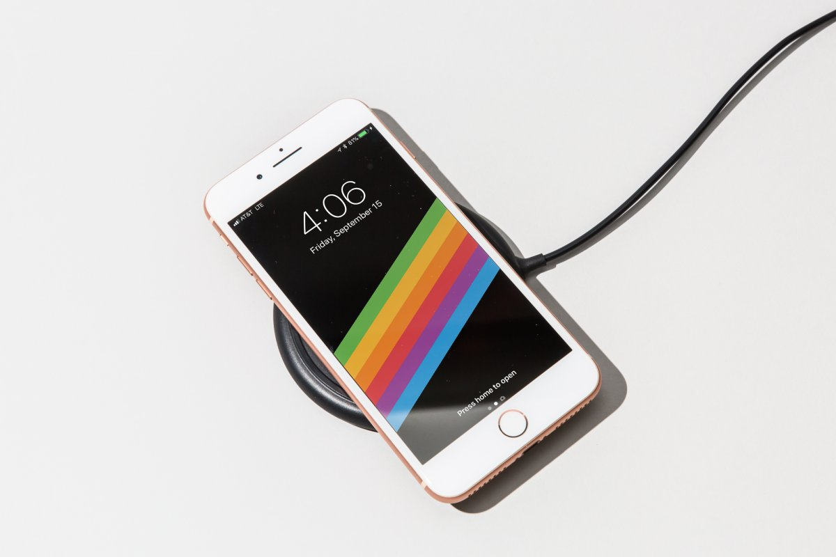 4. The iPhone 8 and the 8 Plus support fast charging and wireless charging for the first time — just like the iPhone X.